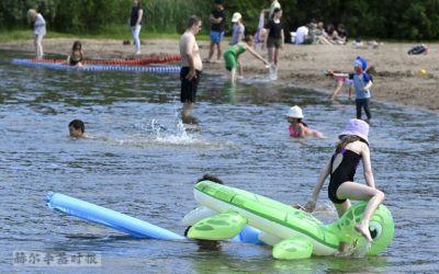芬兰现在的湖里和海里适合游泳吗,实时水温是多少?