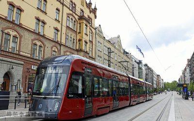 芬兰坦佩雷的有轨电车开始正式运营