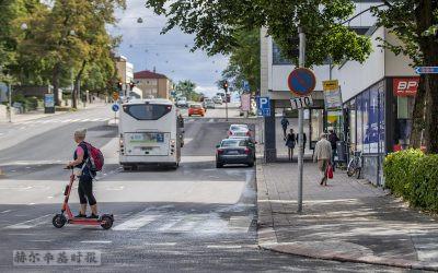 芬兰图尔库公交车与电动滑板车撞车致死案中,公交车司机涉嫌负有严重责任